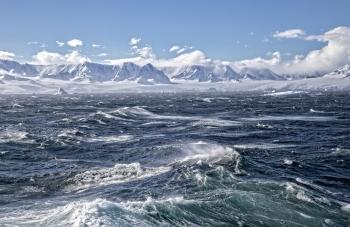 Sturm im Eismeer