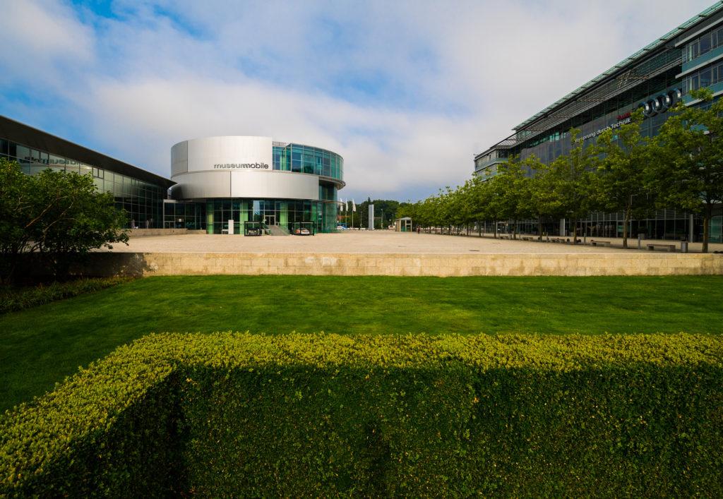 FotoForum: Architektur Audi Forum